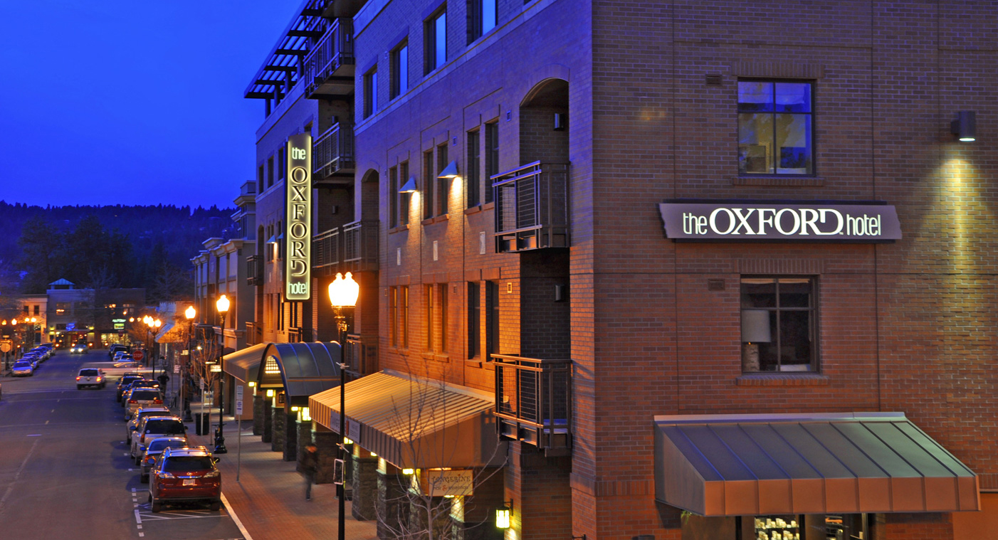 The oxford hotel awarded 2017 third best hotel in the for Best hotels in united states
